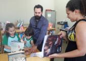 DR. WAGNER DUPIM, JUIZ DE DIREITO, VISITA BIBLIOTECA MUNICIPAL DE JUÍNA E REFORÇA APOIO AO PROJETO AMIGOS DO LIVRO E DA LEITURA