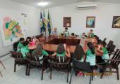 Prefeito Altir Peruzzo recebe visita de alunos do Colégio Presbiteriano de Juína