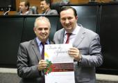 Prefeito de Juína recebe Moção de Aplausos da Assembleia Legislativa de Mato Grosso