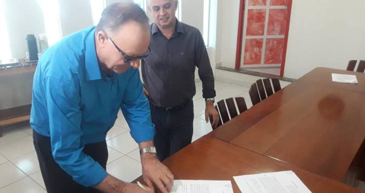 Prefeitura de Juína e Sicredi firmam parceria para continuação do Programa A União Faz a Vida.