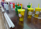 Secretaria implanta projeto que busca diminuir consumo de copos descartáveis
